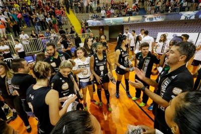 Londrina (PR) - 09.04.2018 - Final Superliga B feminina - Curitiba Carob House/CMP x Vôlei Positivo/Londrina