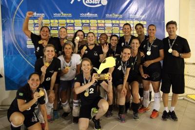 AABB Rio vence mais uma vez a categoria 45+ feminina