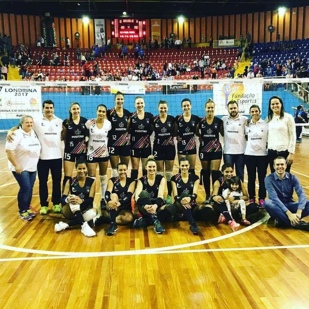 Administrado por Elisângela, Vôlei Positivo/Londrina chega otimista para temporada
