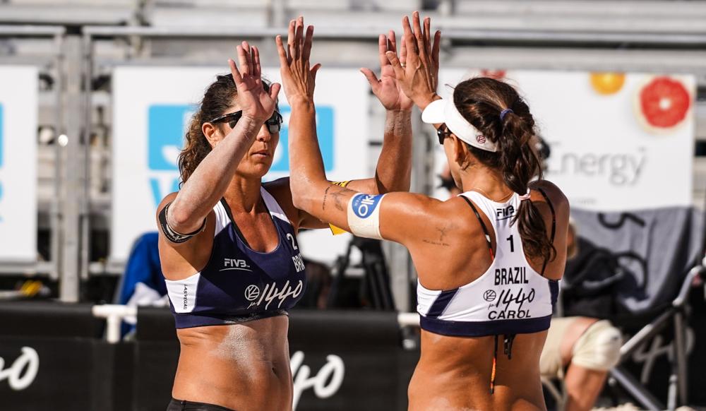 Ana Patrícia sofre lesão, e Maria Elisa/Carol Solberg leva bronze em Las Vegas