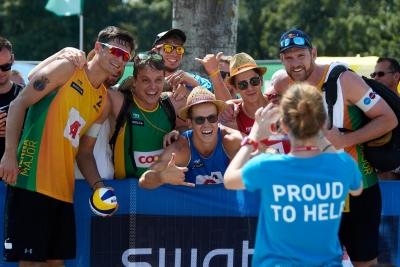 Brasil avança com quatro duplas às oitavas de final do masculino em Viena