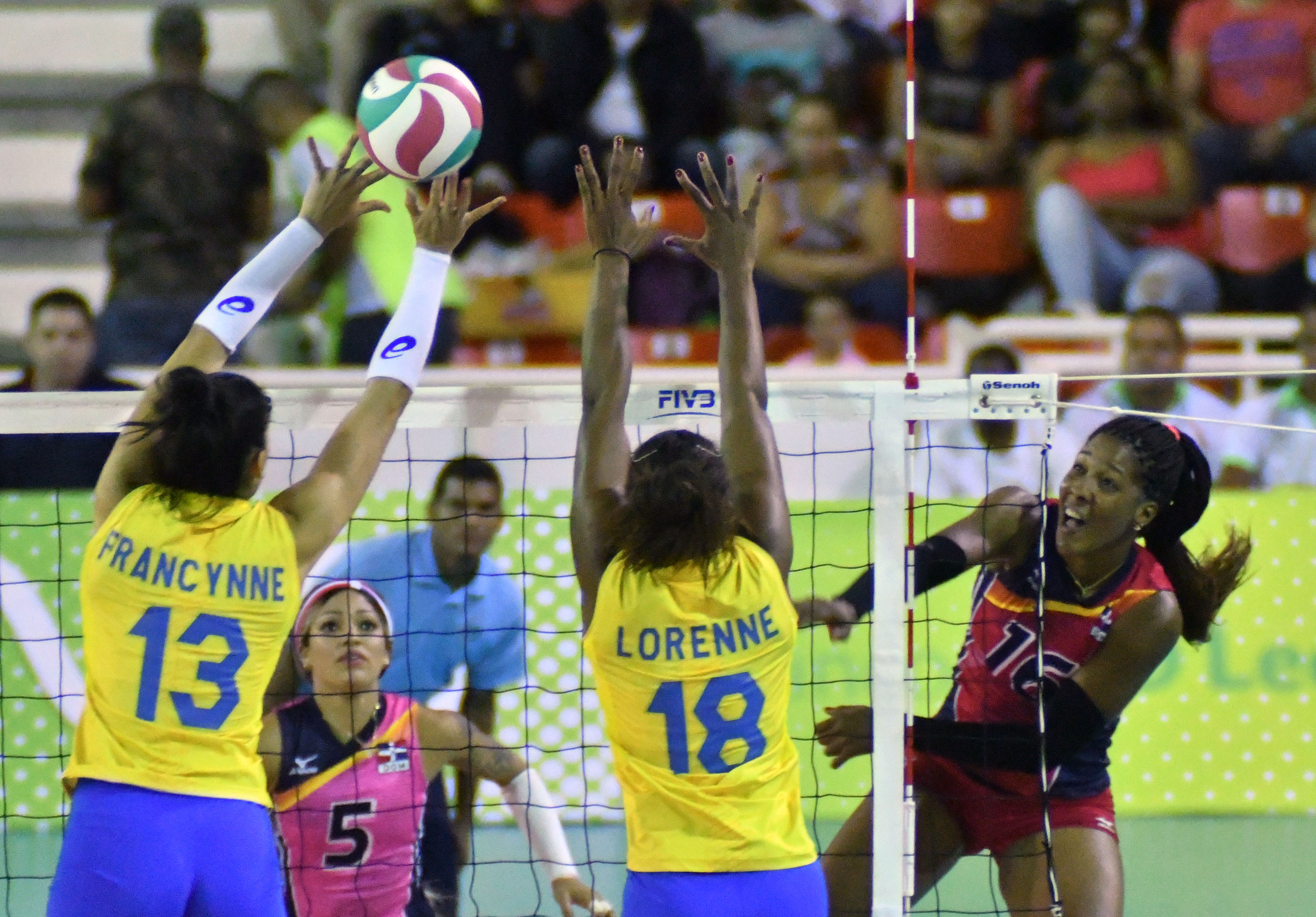 Brasil enfrenta Canadá na disputa pelo bronze