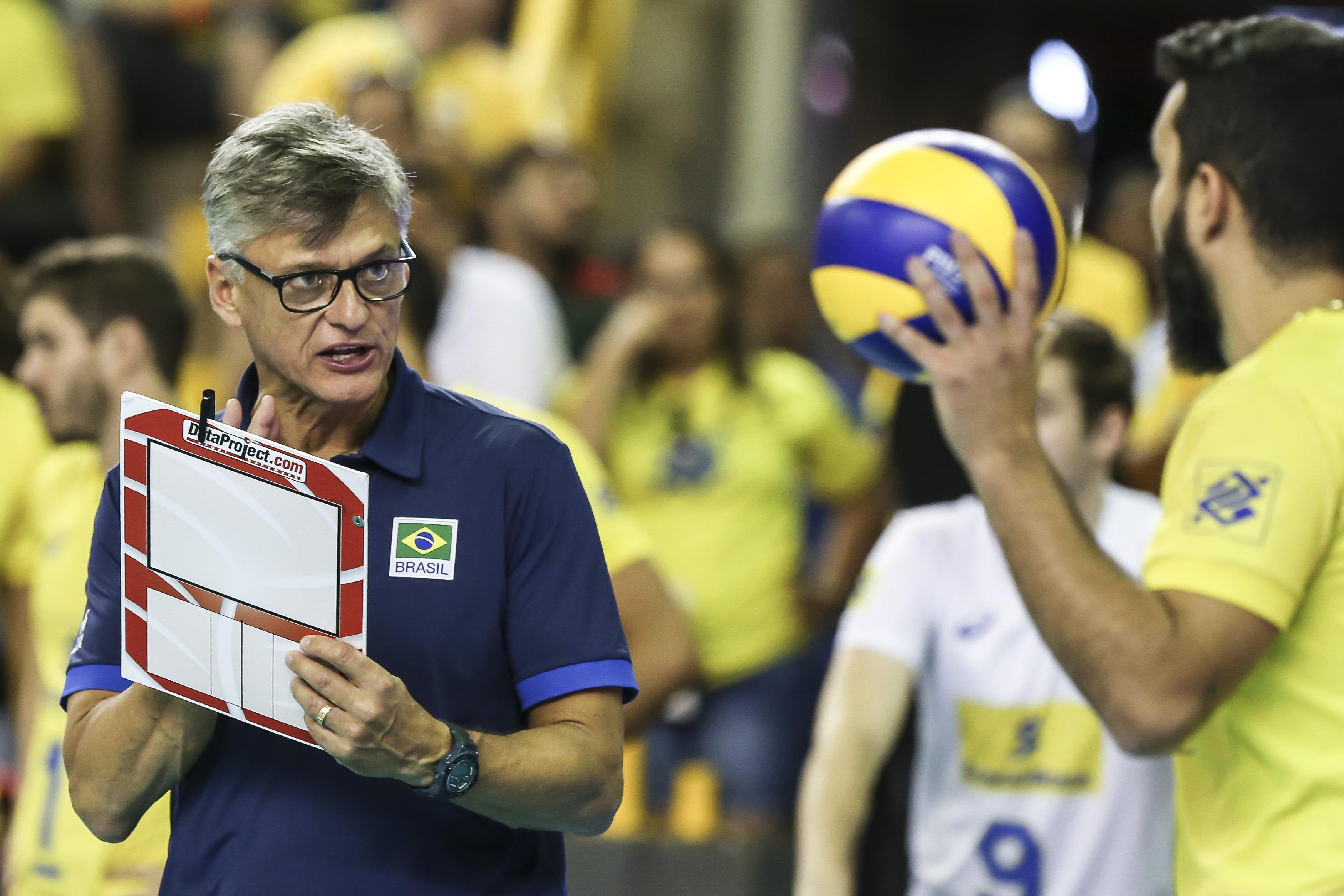 Brasil enfrenta o Canadá nesta sexta-feira
