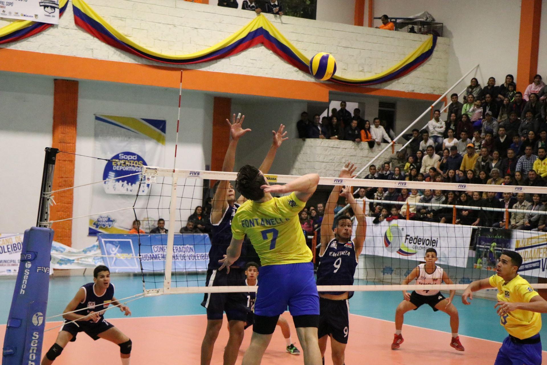 Brasil estreia com vitória sobre a Venezuela
