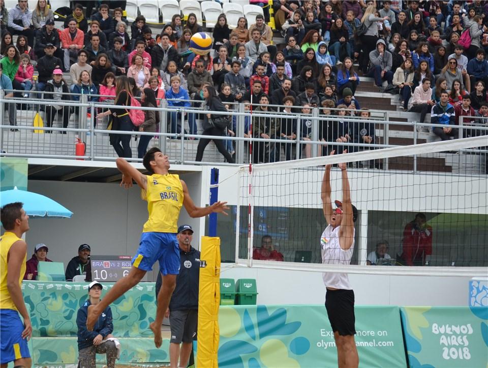 Brasil segue com as duas duplas para a segunda fase