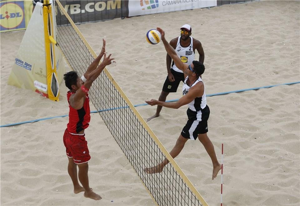 Brasil segue com três duplas no torneio masculino em Espinho