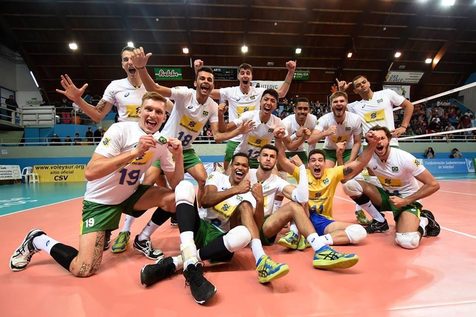 Brasil vence a Colômbia e garante vaga no Mundial