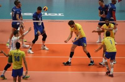 Brasil vence a Sérvia por 3 sets a 0 e está na semifinal