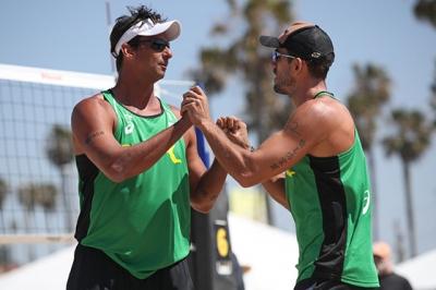 Brasileiros começam bem etapa de Huntington Beach, nos EUA
