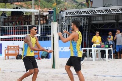 Brasileiros levam cinco das seis medalhas possíveis em Miguel Pereira