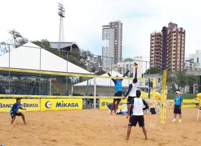 Com medalhistas olímpicos, definidas as semifinais da primeira etapa, em Maringá