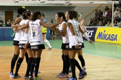 Curitiba Carob House/CMP sai na frente na semifinal e dá passo importante rumo à elite