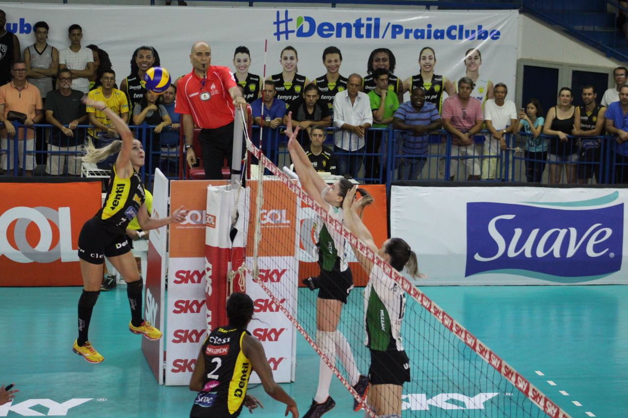 Dentil/Praia Clube é o primeiro semifinalista