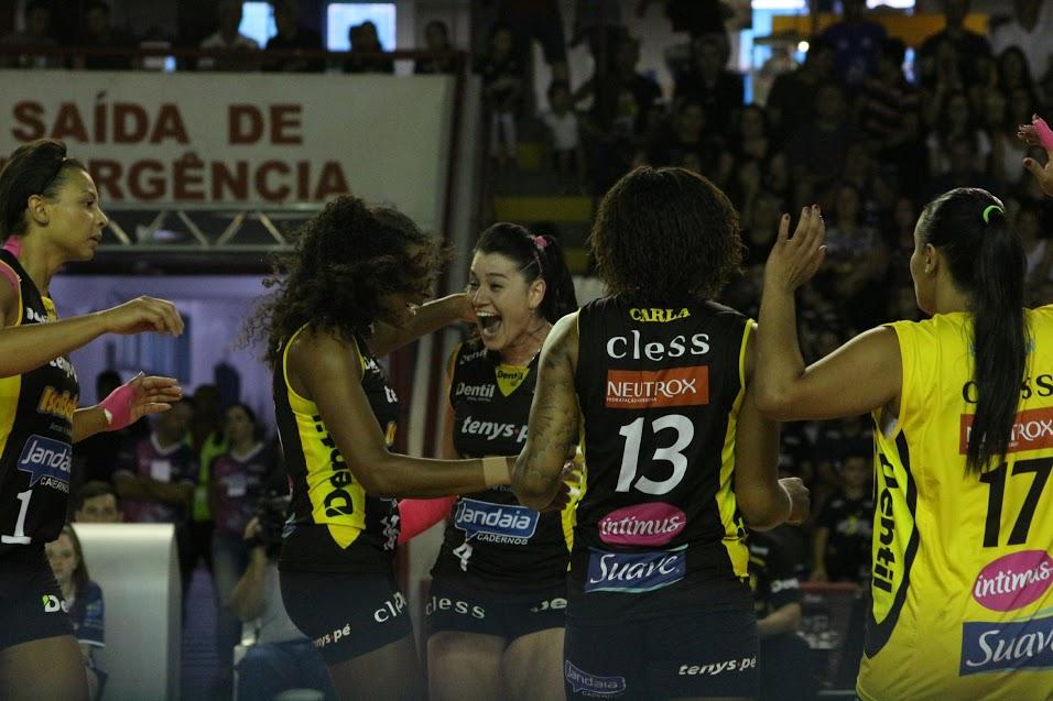Dentil/Praia Clube vence Camponesa/Minas e está na decisão da Copa Brasil