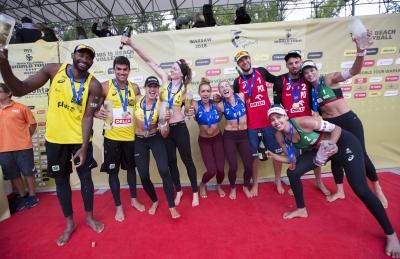 Evandro/Vitor Felipe leva a prata, e Ágatha/Duda fica com bronze em etapa polonesa