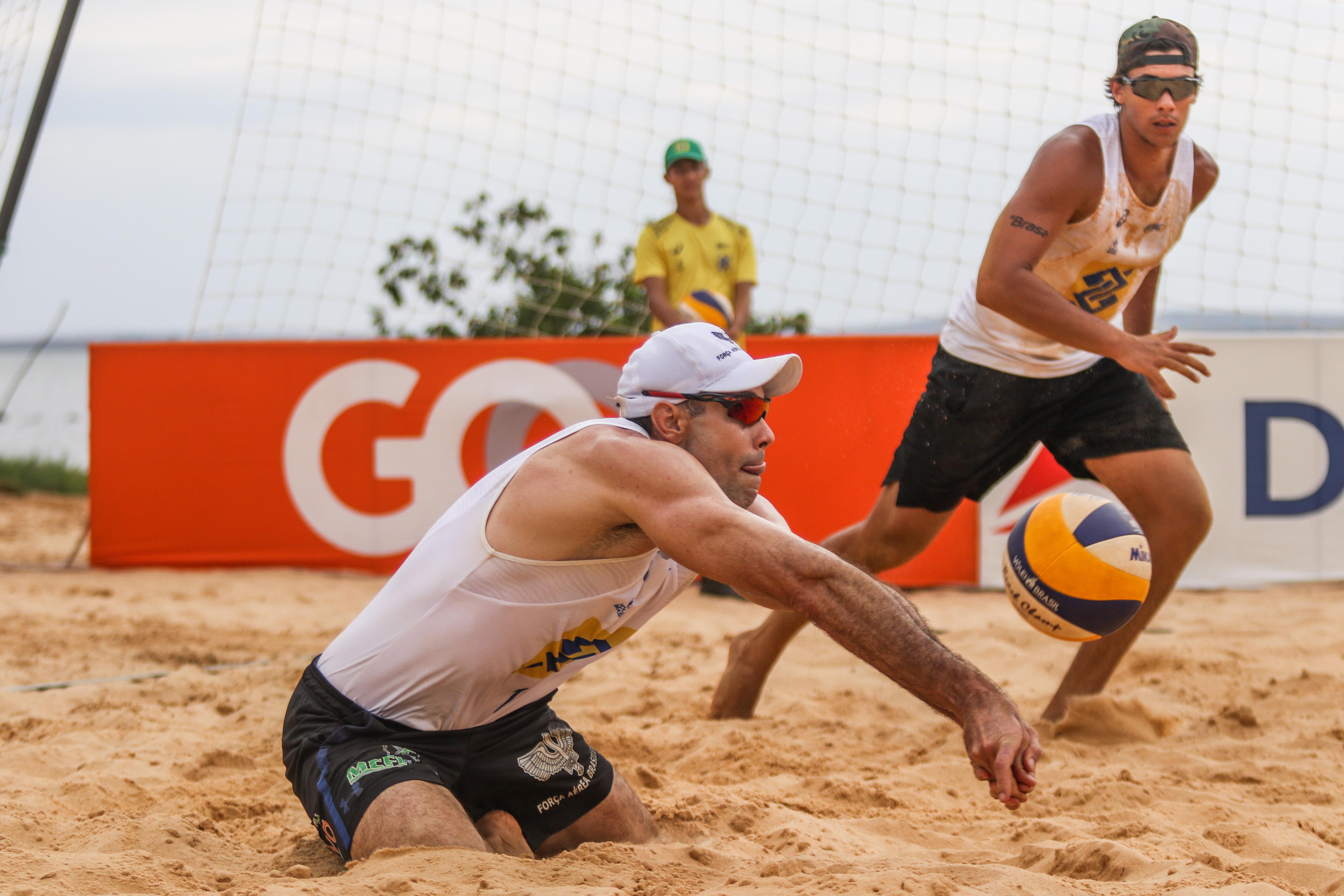 Hevaldo/Arthur Lanci e Alison/André fazem a final em Palmas