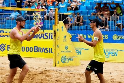 Legião de capixabas avança às oitavas de final no masculino em Vila Velha