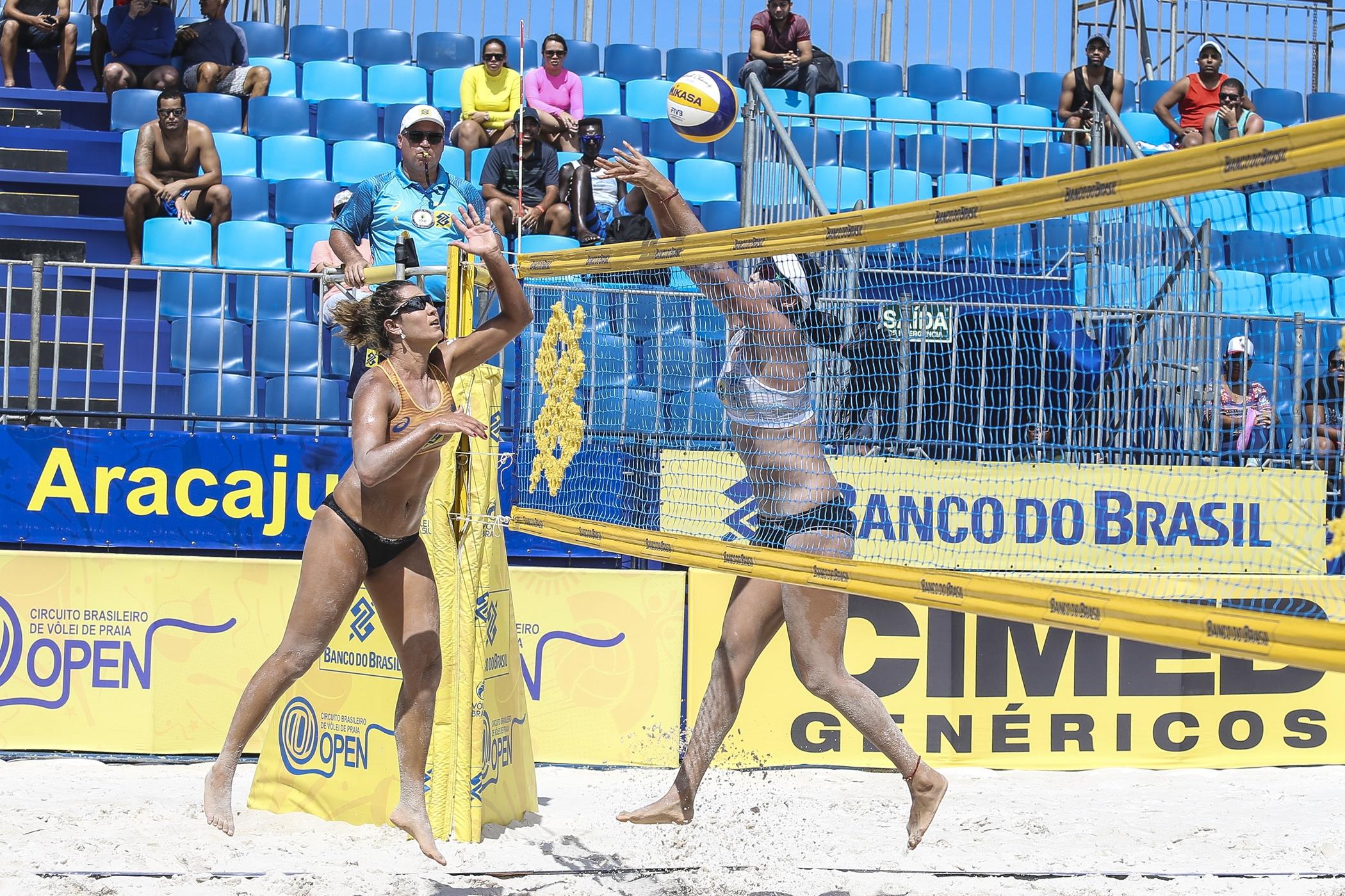 Oitavas de final do feminino são definidas e disputa pelo título segue acirrada