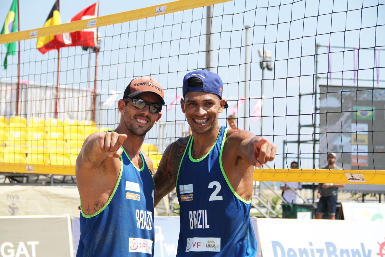 Oscar e Luciano representam o Brasil na etapa duas estrelas do Marrocos