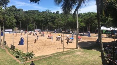 Primeiro torneio interclubes de vôlei de praia acontece neste final de semana