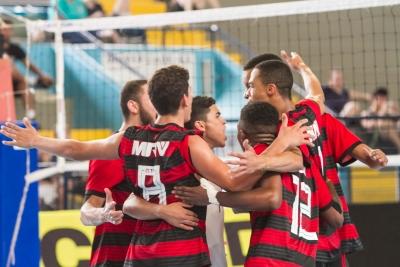 Quatro equipes seguem invictas na competição em Porto Alegre