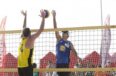 Ricardo/Guto e Evandro/Vitor Felipe chegam à semifinal em Espinho