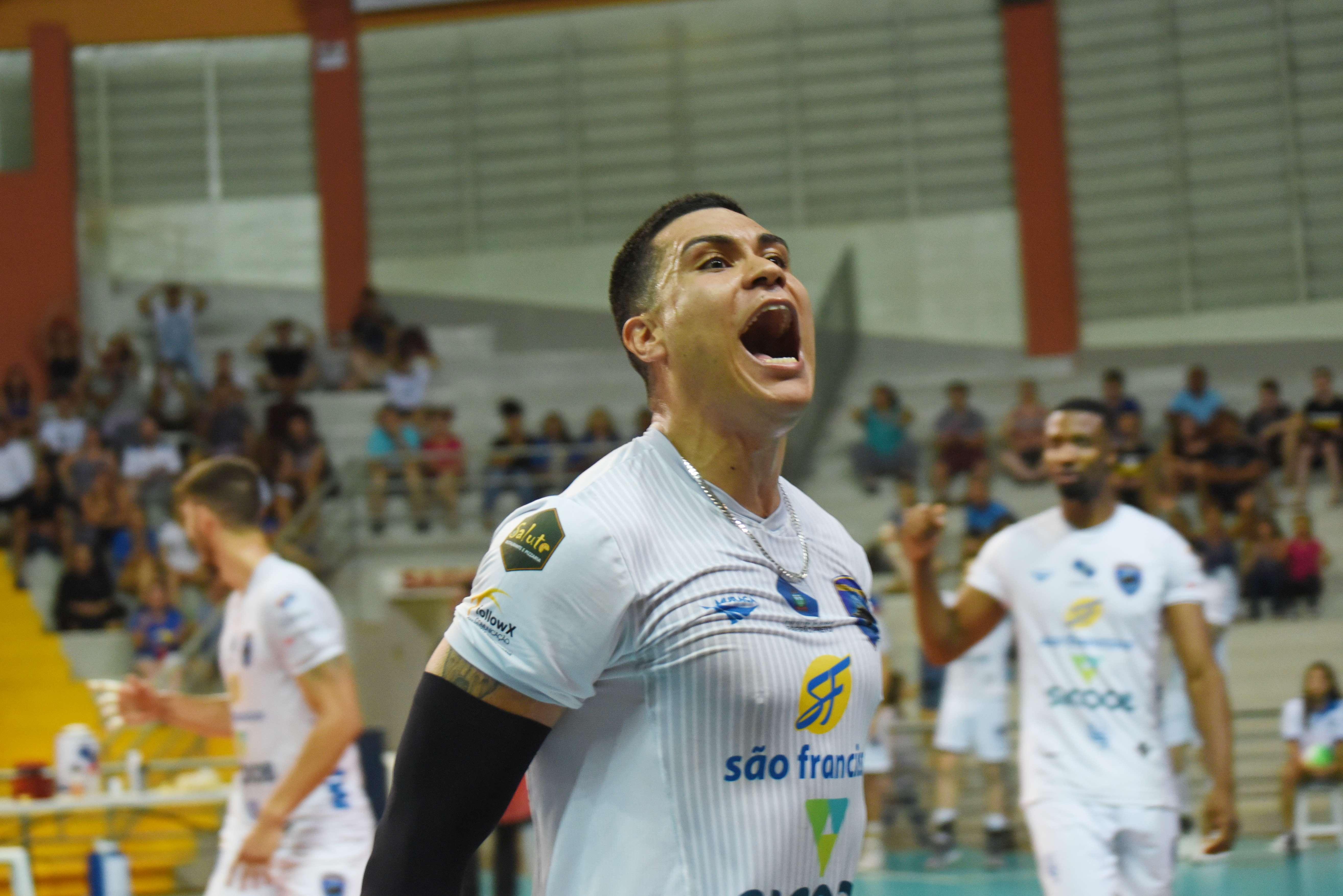 São Francisco Saúde/Vôlei Ribeirão e EMS Taubaté Funvic fecham a rodada