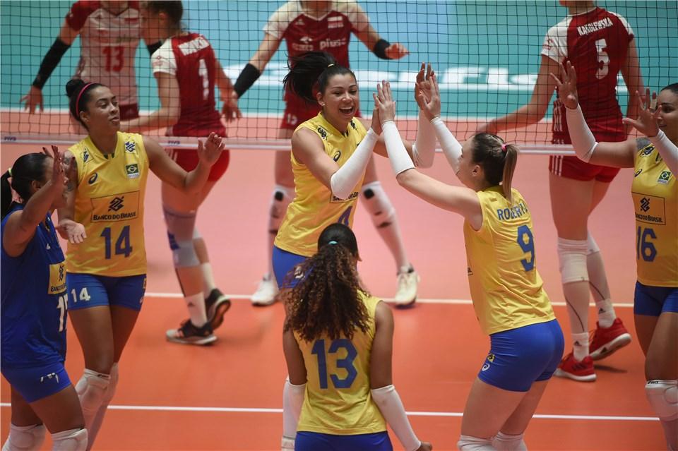 Seleção feminina faz treino aberto nesta sexta-feira em Barueri (SP)