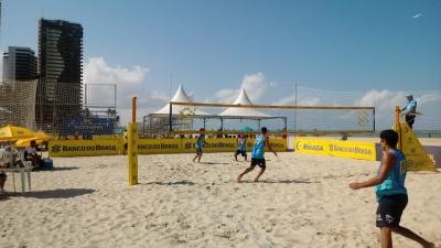 Semifinais são definidas em Jaboatão (PE) com presença de campeões da base