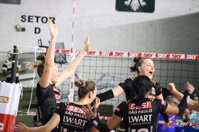 Sesi Vôlei Bauru e Minas Tênis Clube fazem duelo de campeões regionais