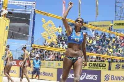Temporada de afirmação para Ana Patrícia termina com três prêmios individuais