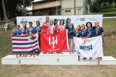 Tijuca Tênis Clube fica com o título do torneio feminino em Serra (ES)