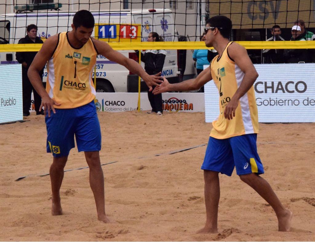 Vitor Felipe e Guto largam com duas vitórias na etapa Finals da Argentina