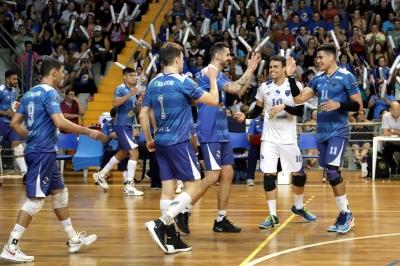 Vôlei Ribeirão Preto faz partida decisiva com Apan/Esferatur/Blumenau por vaga na final